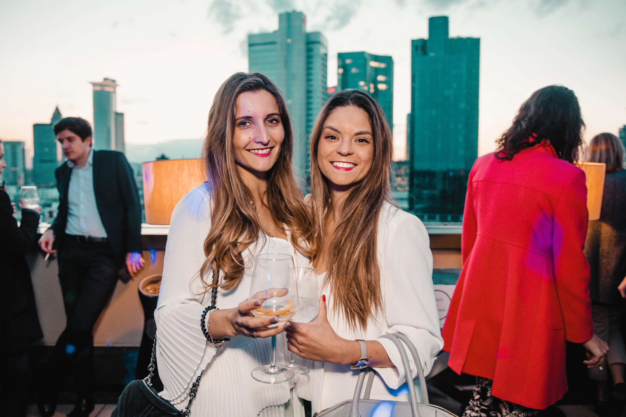 aperos frenchies x adina hotels 41