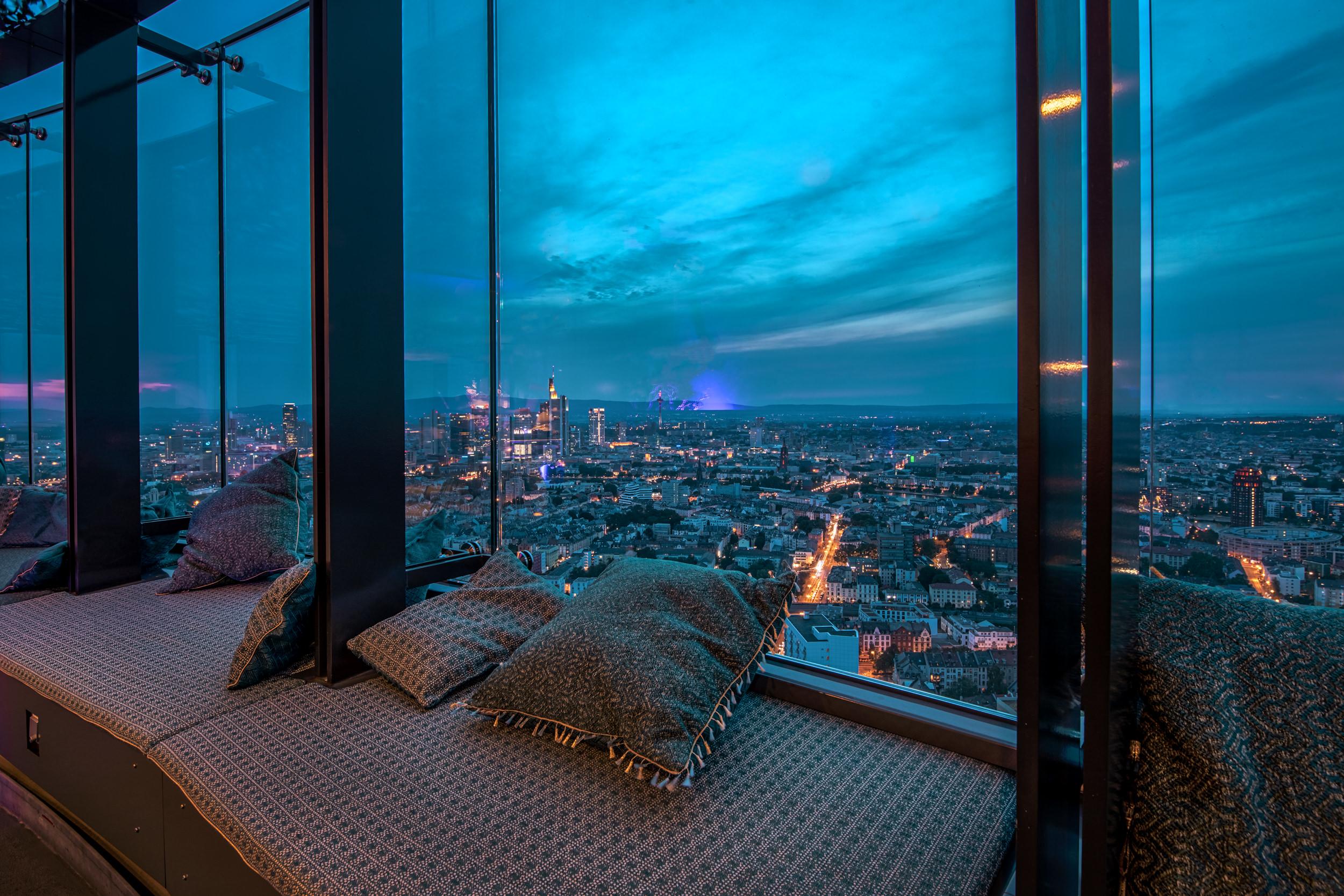 franziska rooftop bar 22