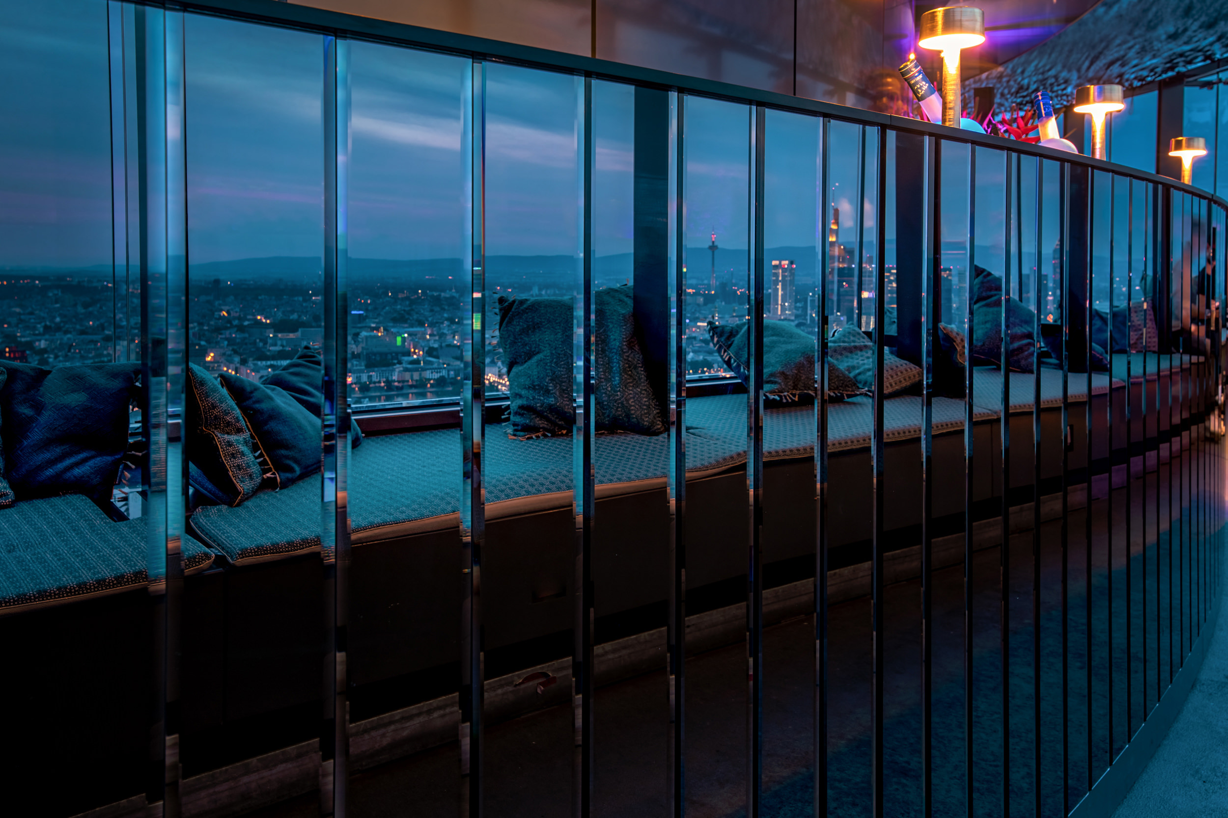 franziska rooftop bar 28