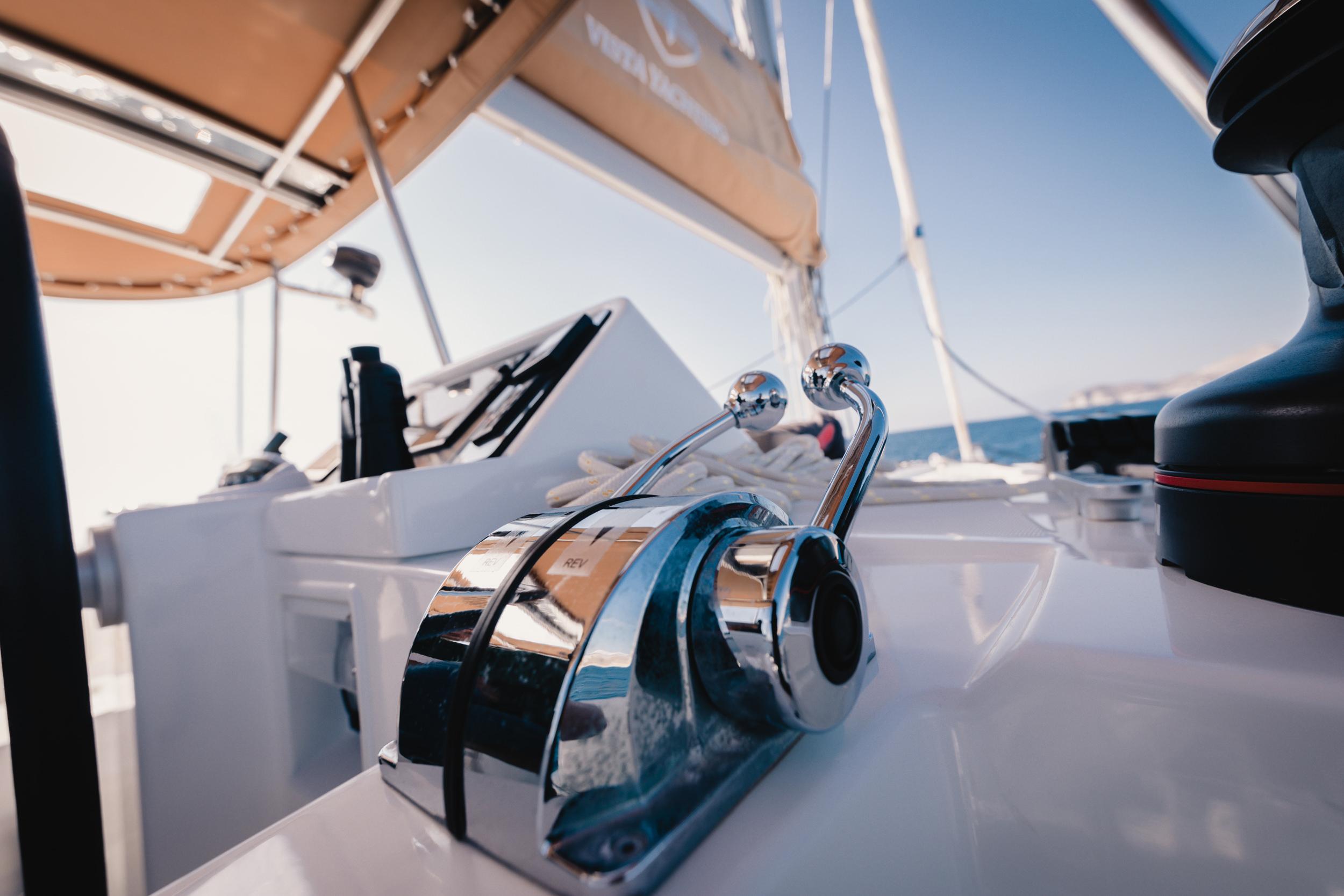 vista yachting santorini 8