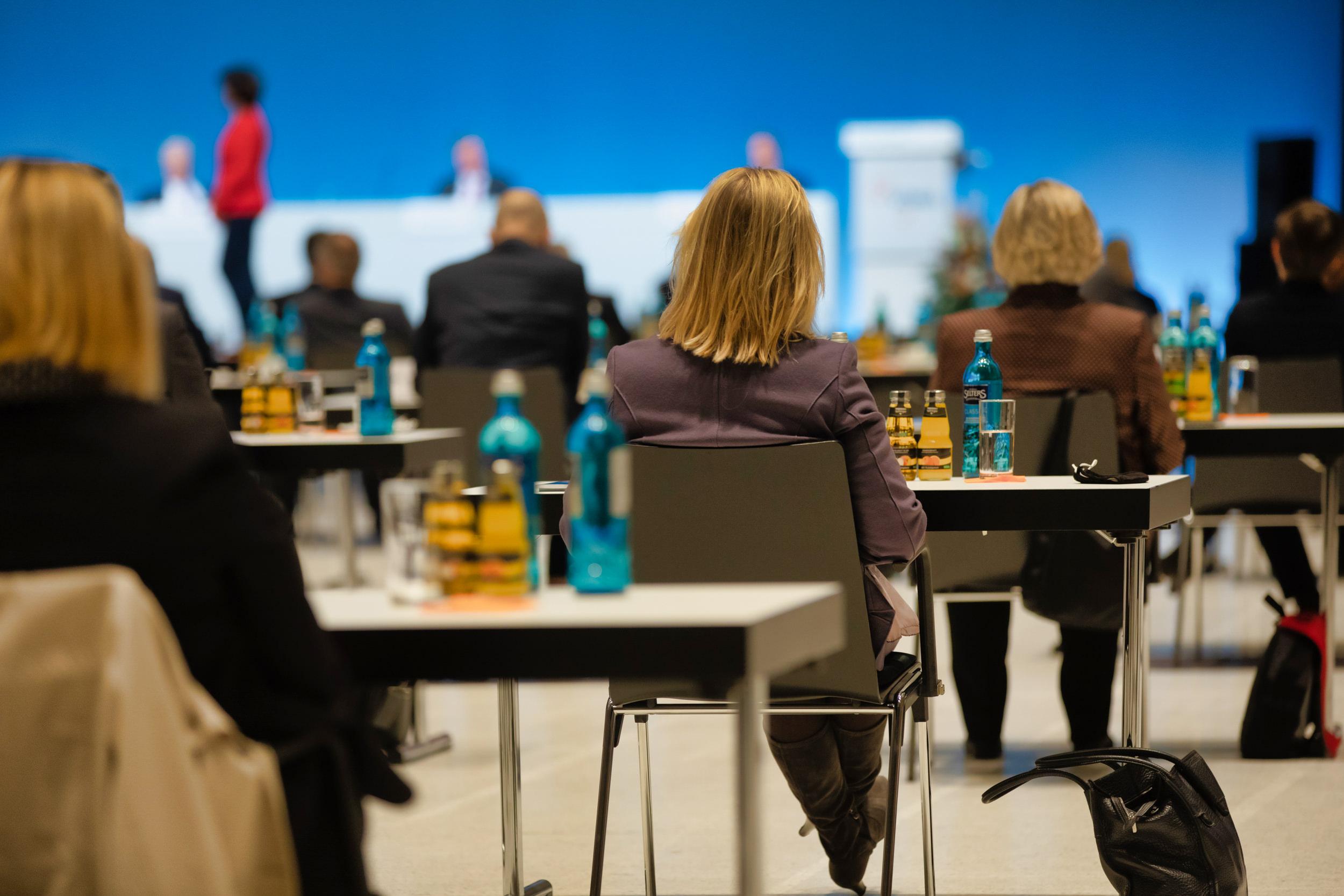 10 Tipps zum Fotografieren einer Geschäftskonferenz