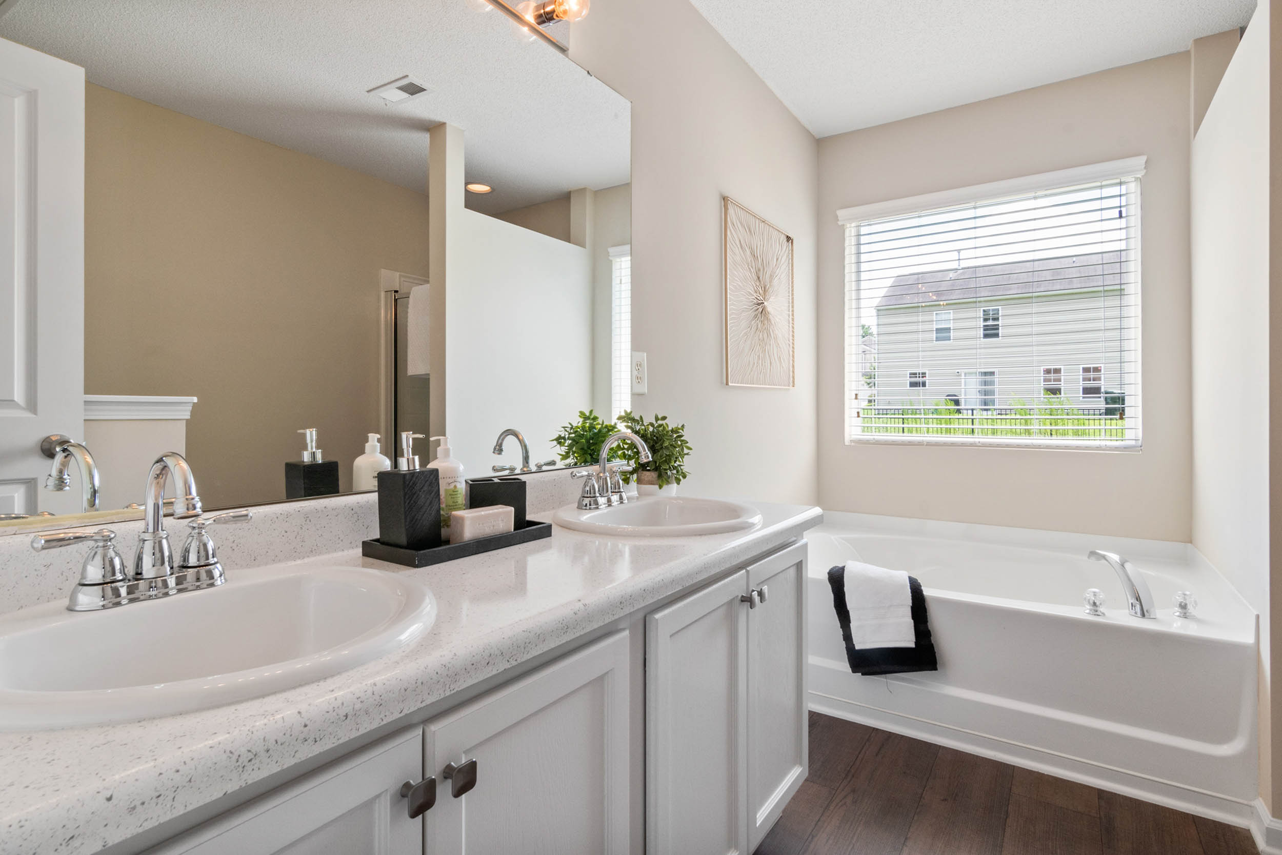 bathroom realestate blog 01 Business Photography Real estate photography made easy
