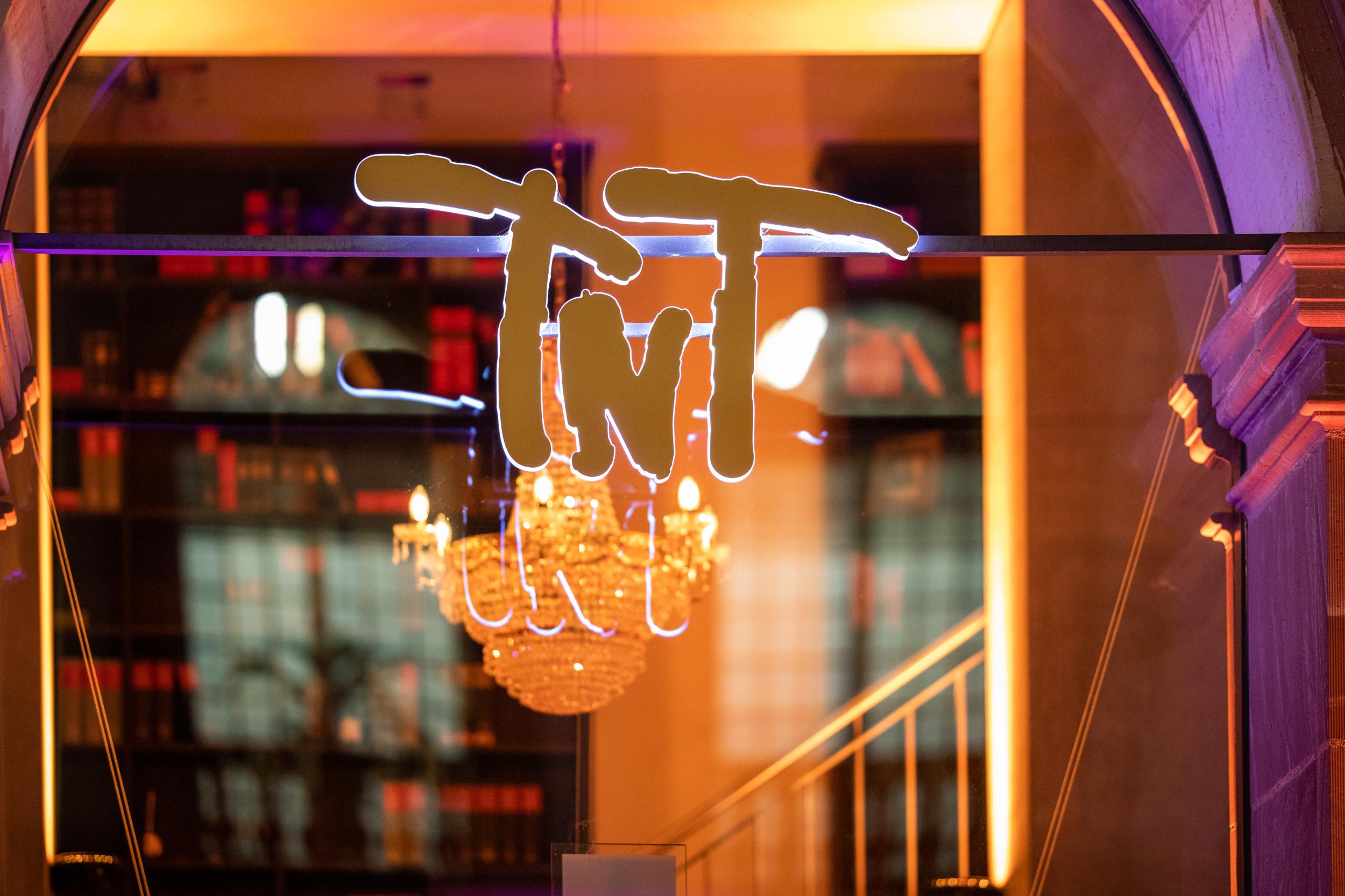 TnT Christmas 45 Restaurant Photography